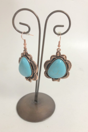 Cindy smith Turquoise Necklace and Earring Set - Back cropped