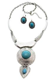 Turquoise Necklace Set - Front cropped