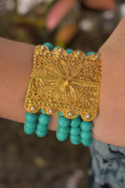 Gypsy Handmade Turquoise & Pearl Bracelet - Front cropped