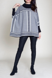 Patrizia Luca Turtle neck pattern sweater - Front cropped
