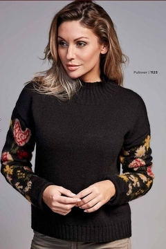 Skovhuus 1123 - Turtle Neck With Pattern Slvs - Alternate List Image