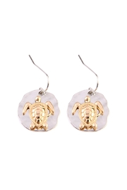 Riah Fashion Turtle Plate Drop-Earrings - Front cropped