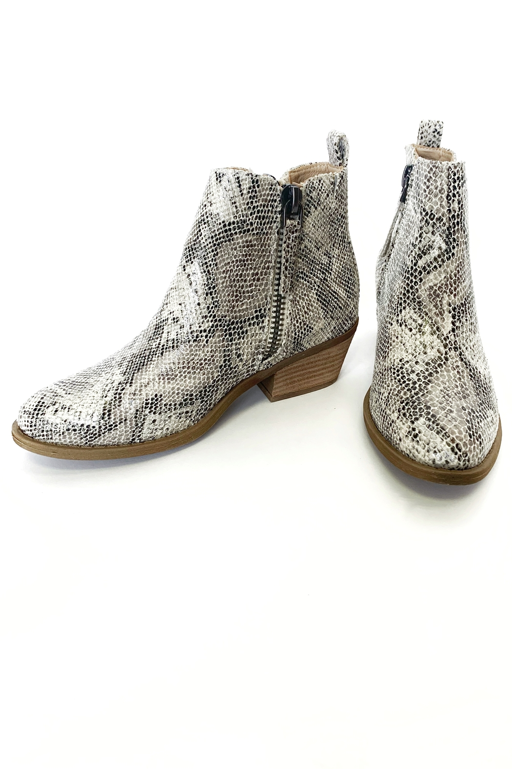 Very G Twinkle 2 bootie - Front Cropped Image