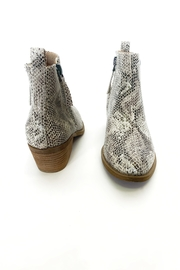 Very G Twinkle 2 bootie - Side cropped