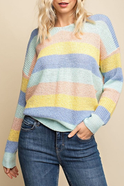 Gilli  Twist Back Sweater - Front cropped
