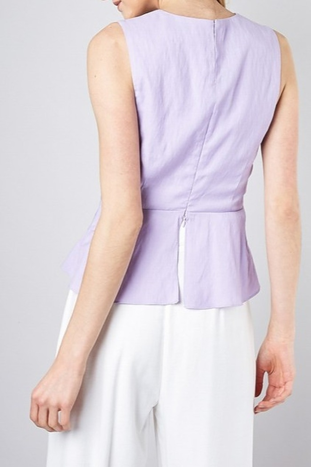 Do & Be Twist Front Peplum Top - Side Cropped Image