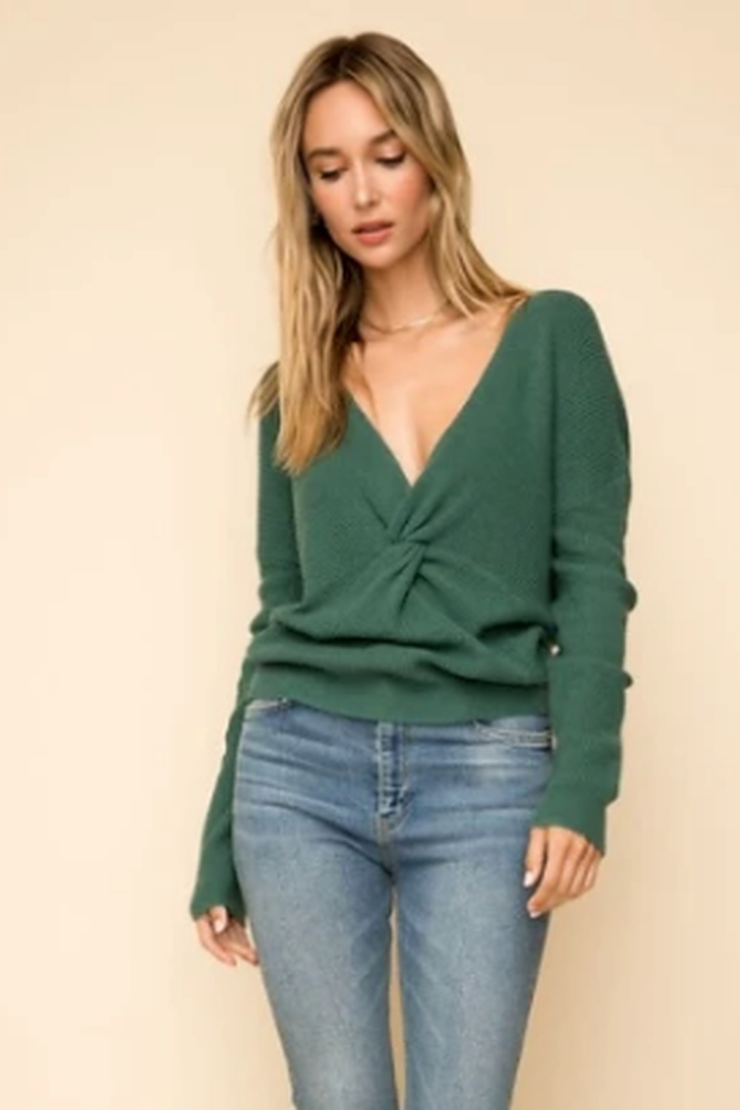 Hem & Thread Twist front sweater - Front Cropped Image