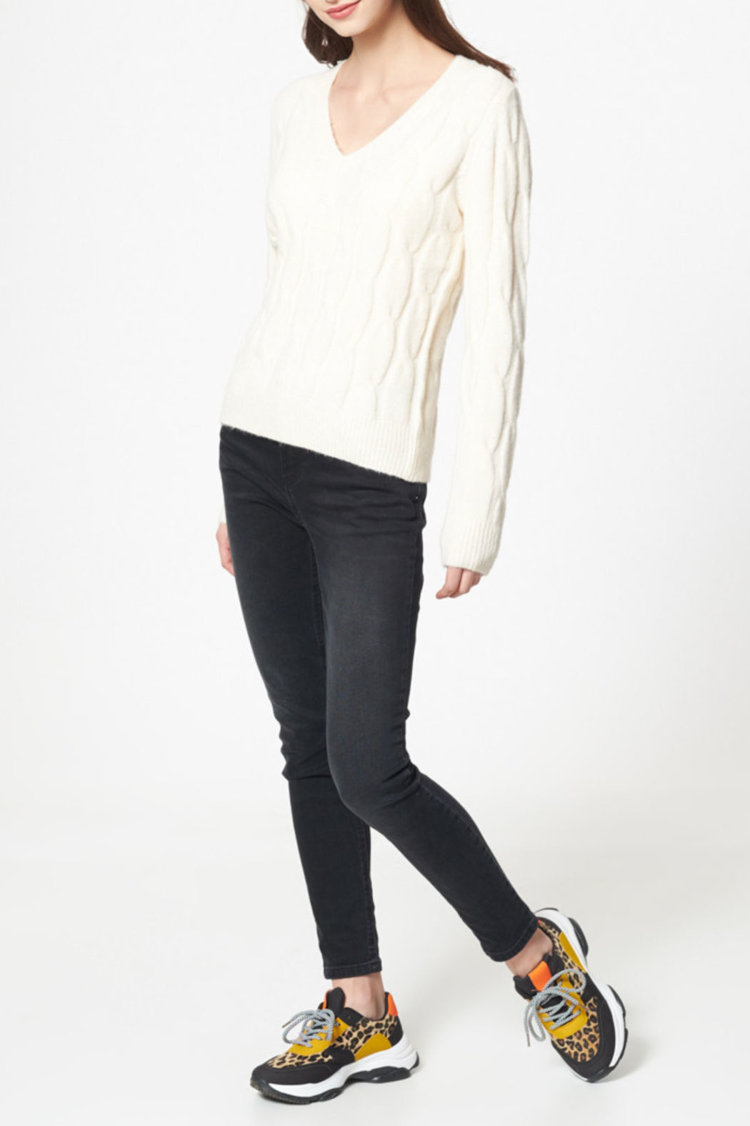 Best Mountain Twist Knit V Neck Cable Sweater - Main Image