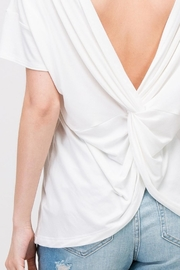 Les Amis Twist On-A-White Top - Back cropped