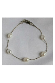 Twisted Designs Freshwater Pearl Bracelet - Product Mini Image