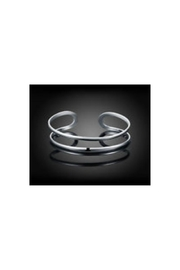 Twisted Designs Sterling Silver Toe-Ring - Front cropped