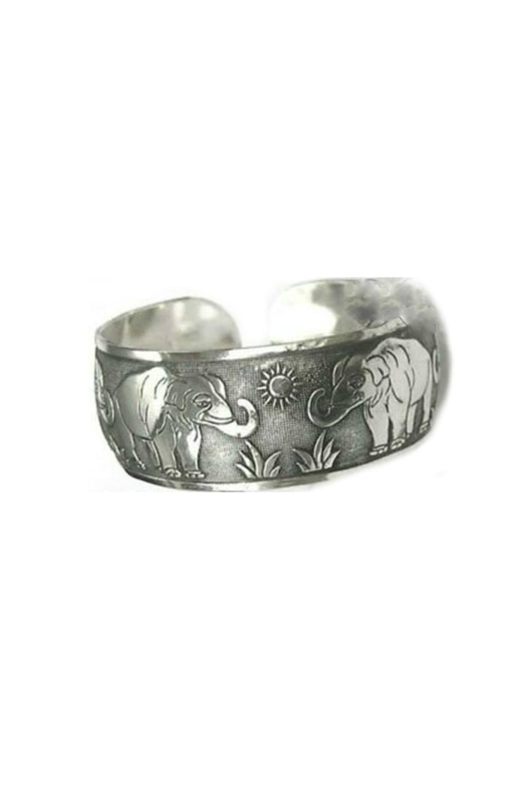 Twisted Designs Tibetan Silver Cuff - Front Cropped Image