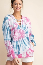 KORI AMERICA TWO TONE TIE-DYE HOODIE PULLOVER TOP - Front cropped