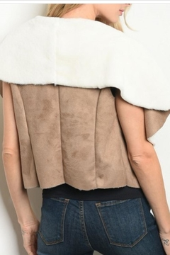Roly Poly Two-Tone Vest - Alternate List Image