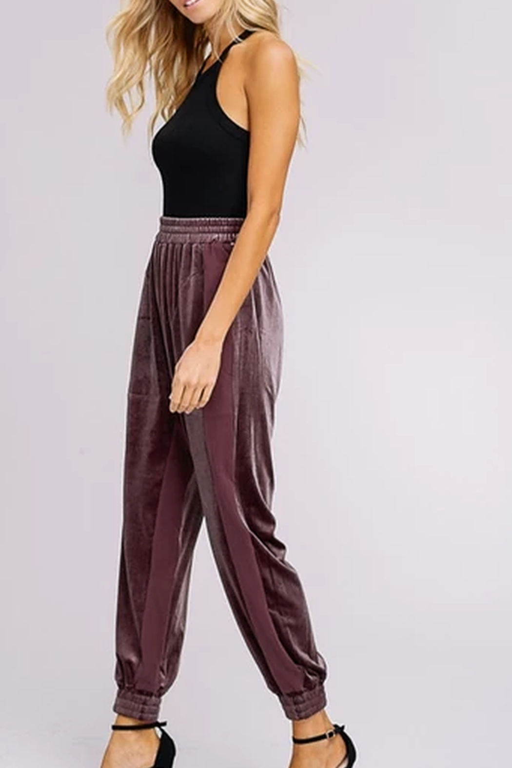 Listicle Two Toned Velvet Jogger Pants - Side Cropped Image
