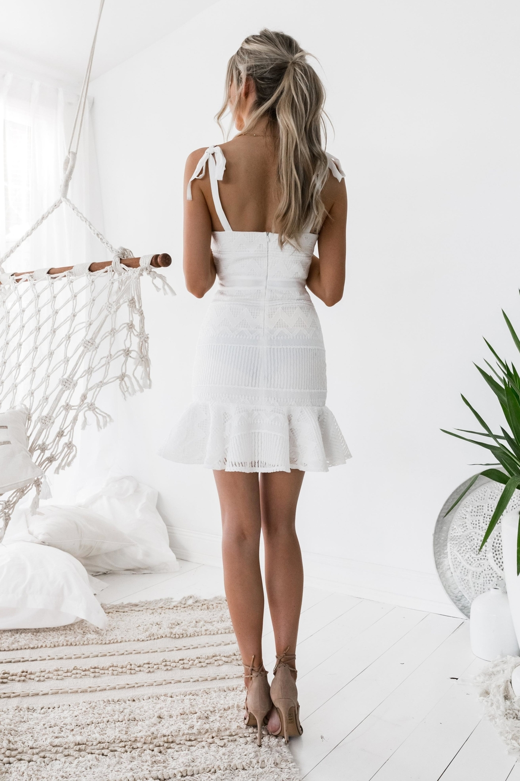 Two Sisters Shona Dress White - Front Full Image