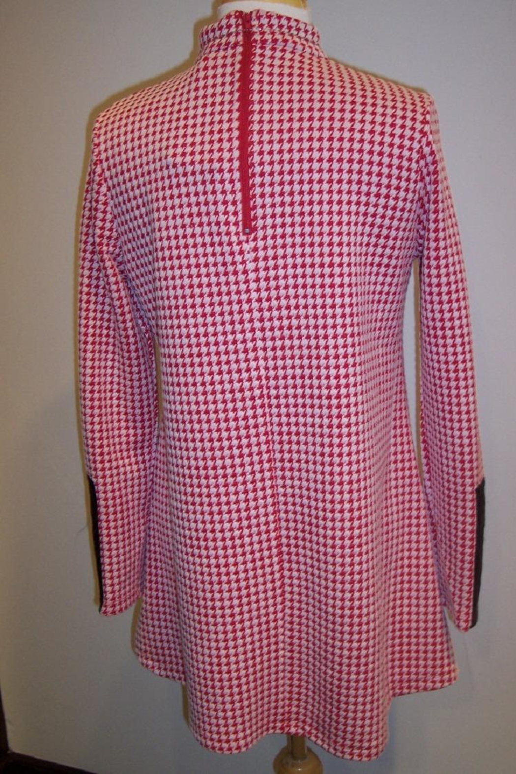 Tyler Boe Crissy Houndstooth Capelet - Front Full Image