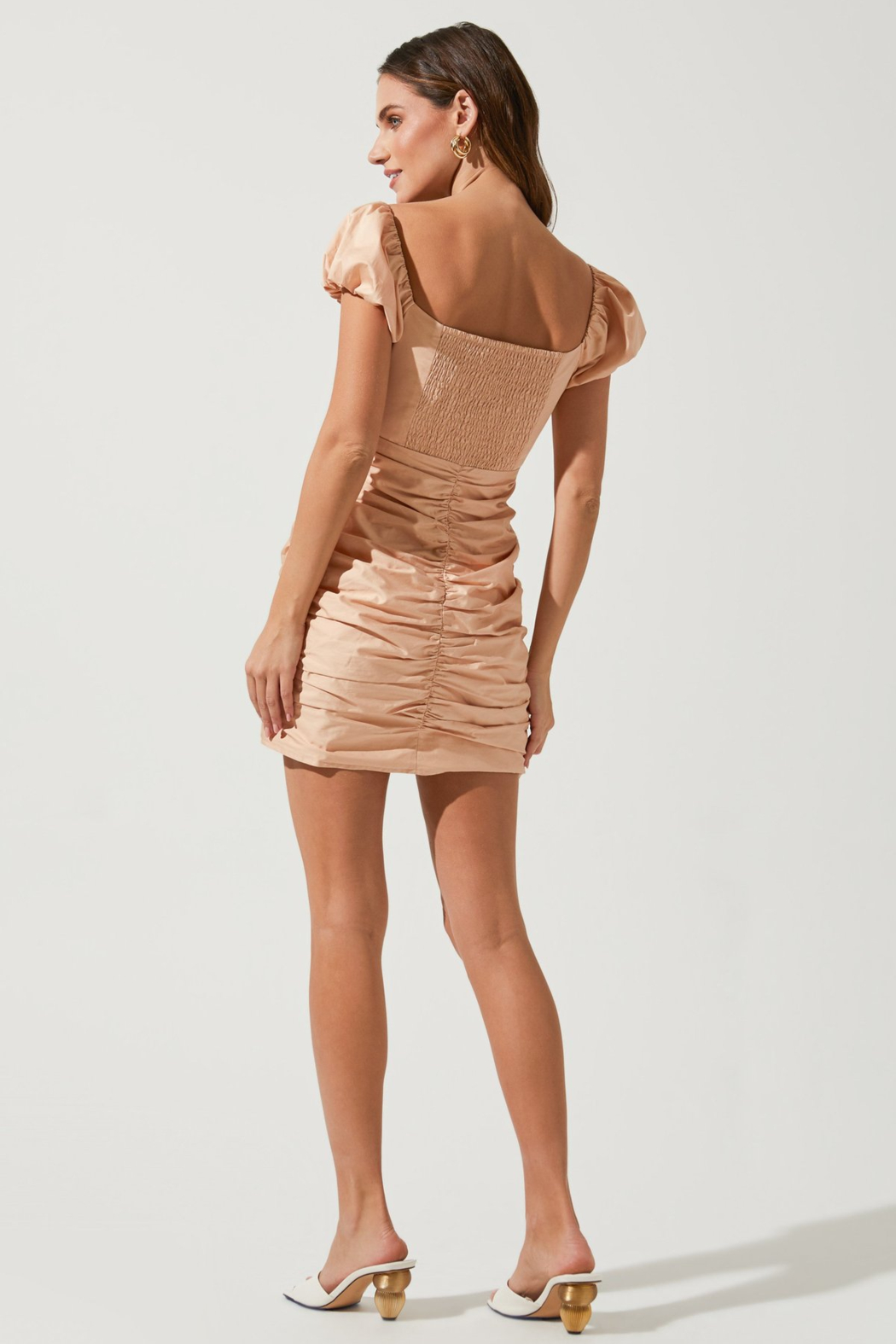 ASTR the Label Tyra Puff Sleeve Dress - Side Cropped Image