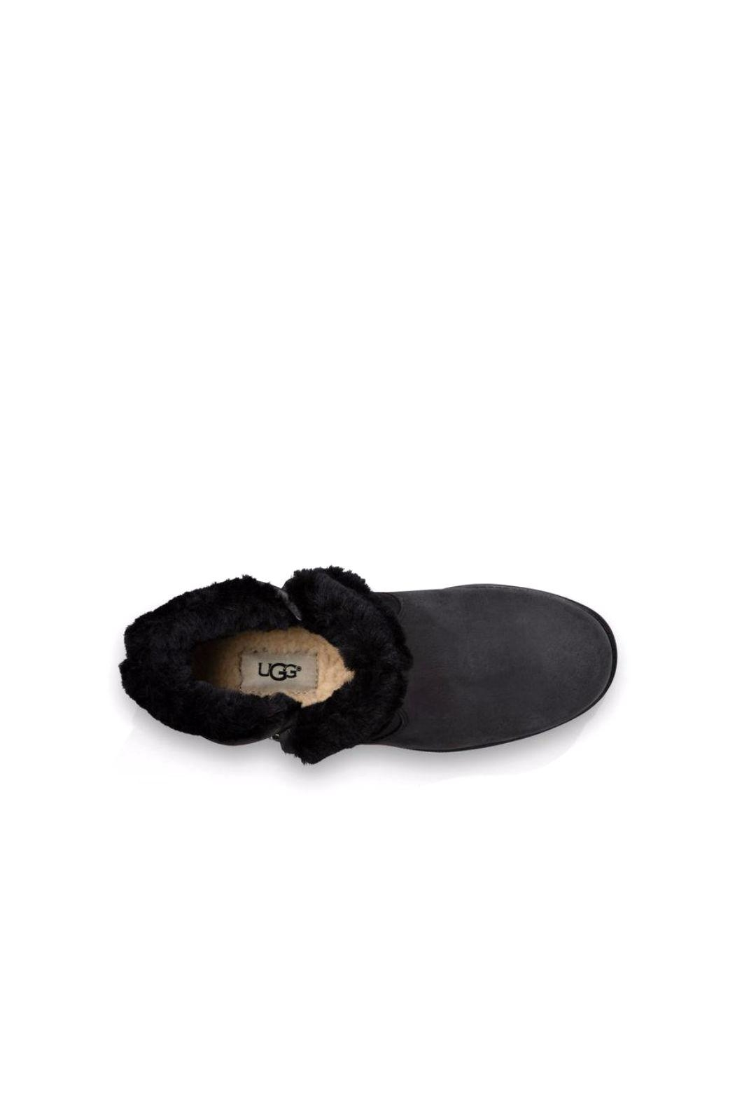 UGG Australia Lavelle Bootie - Back Cropped Image