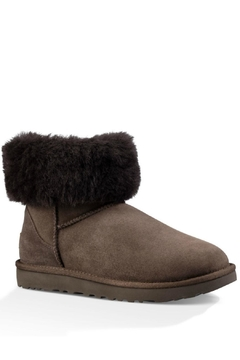 UGG Australia Short Shearling Boot - Alternate List Image