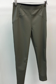 Venti 6 Ultimate Vegan Riding Legging - Product Mini Image