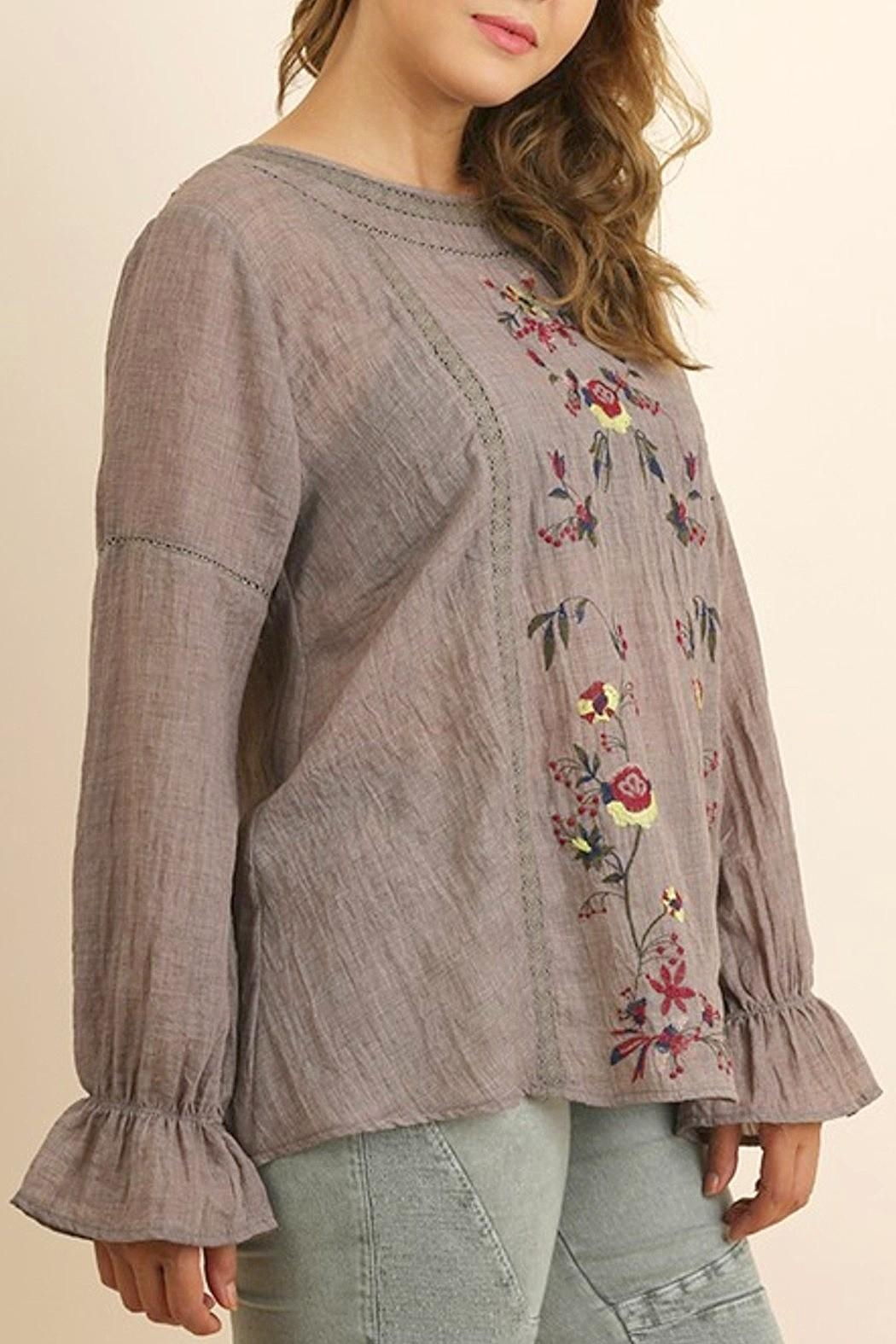 UMG PLUS Floral Embroidered Top - Main Image