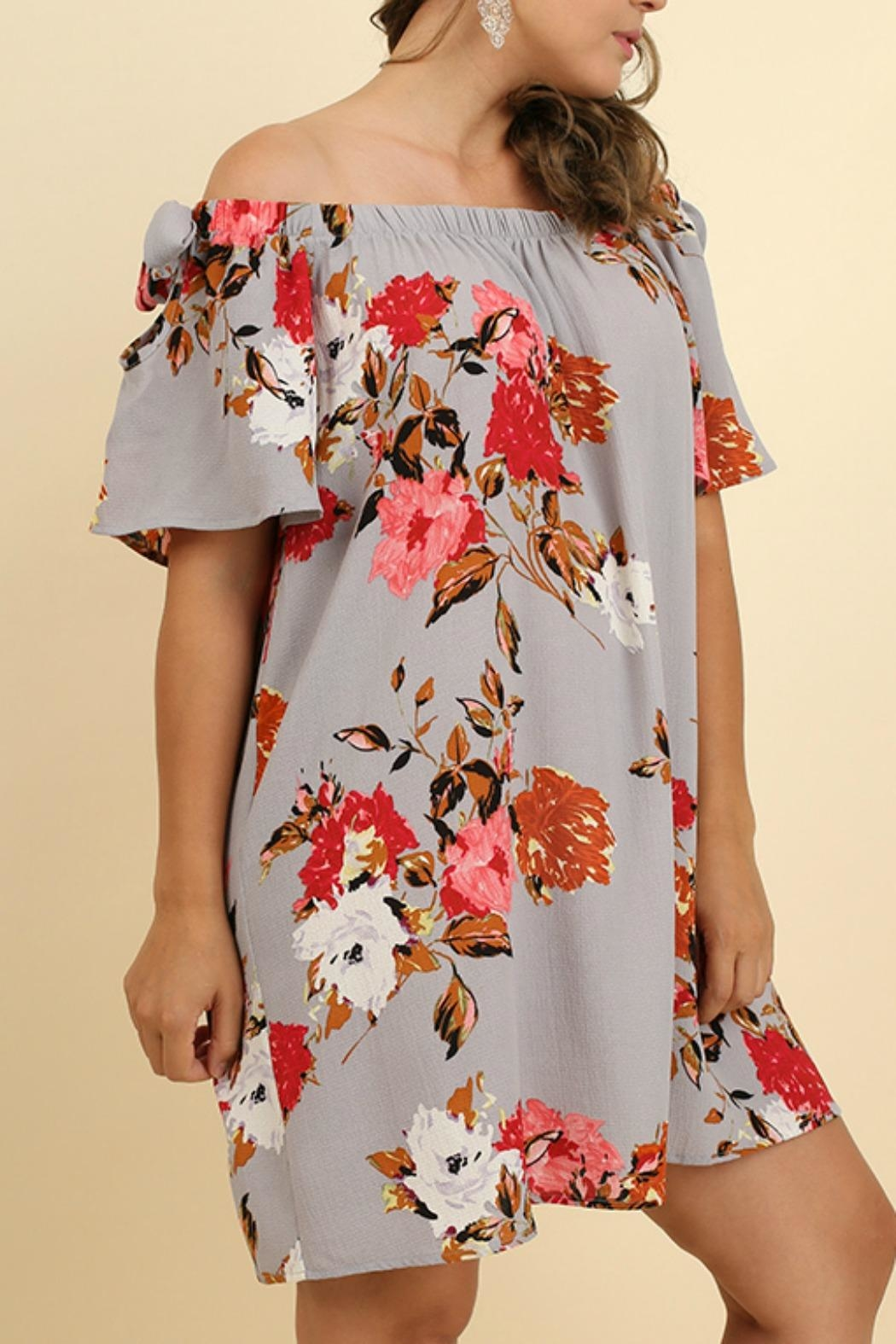 UMG PLUS Floral Shift Off-Shoulder - Side Cropped Image