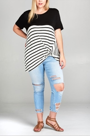 UMG PLUS Side Knotted Top - Front cropped