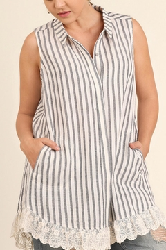 UMG PLUS Striped Collared Tunic - Product List Image