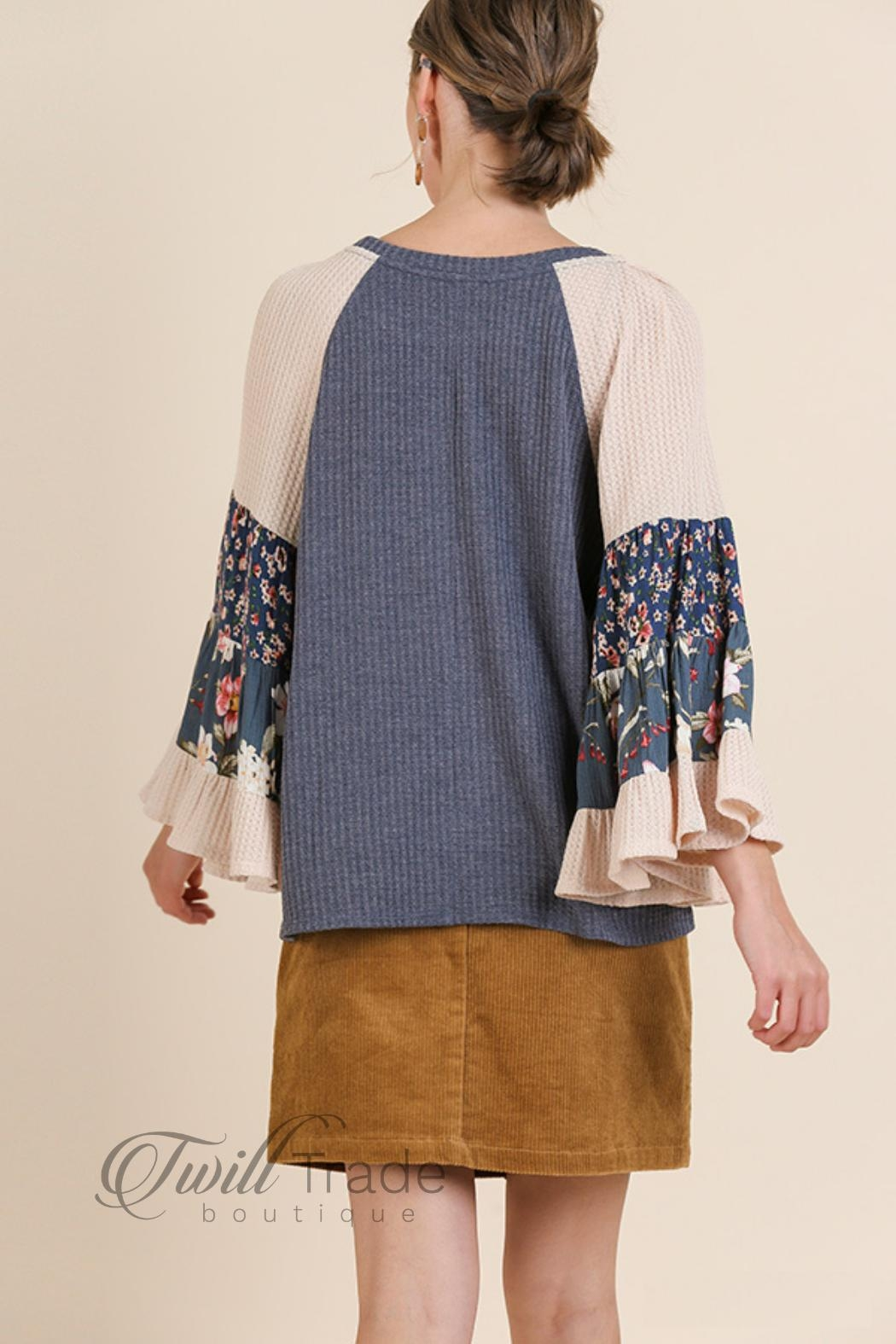 Umgee Floral Bell-Sleeve Top - Side Cropped Image