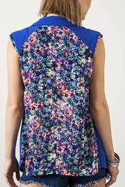 Umgee USA Floral Sleeveless Blazer - Front full body