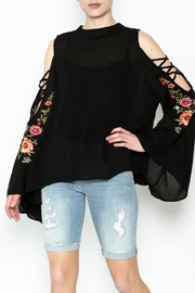 Umgee USA Cut Out Sleeve Top - Product Mini Image