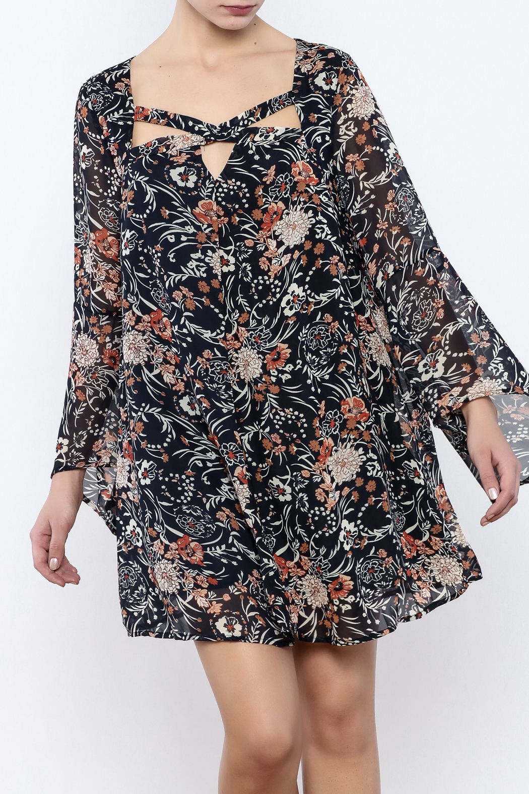 UMGEE Pink Floral Print Criss-Cross Neckline Bell Sleeve Dress