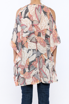 Umgee USA Lightweight Floral Tunic Top - Alternate List Image