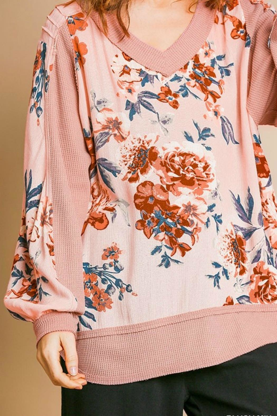 Umgee USA Pink Floral Top - Side Cropped Image