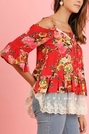 Umgee USA Couch Floral Lace - Front cropped