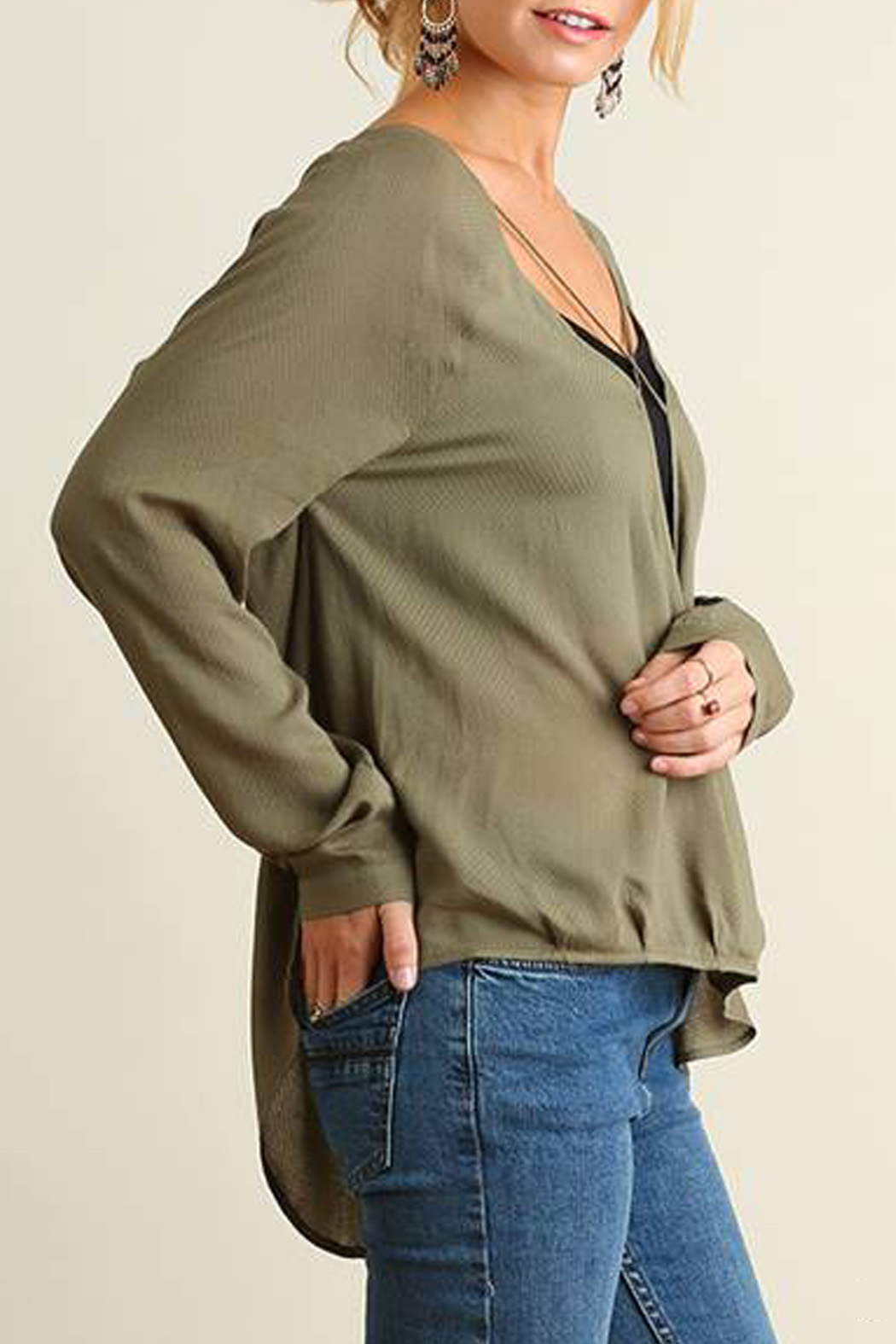 Umgee USA Crossed High Low Blouse - Side Cropped Image