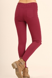 Umgee USA Distressed Knee Jegging - Front full body