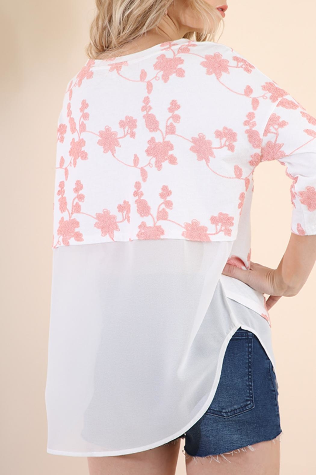 Umgee USA Floral Embroidered Tunic - Side Cropped Image