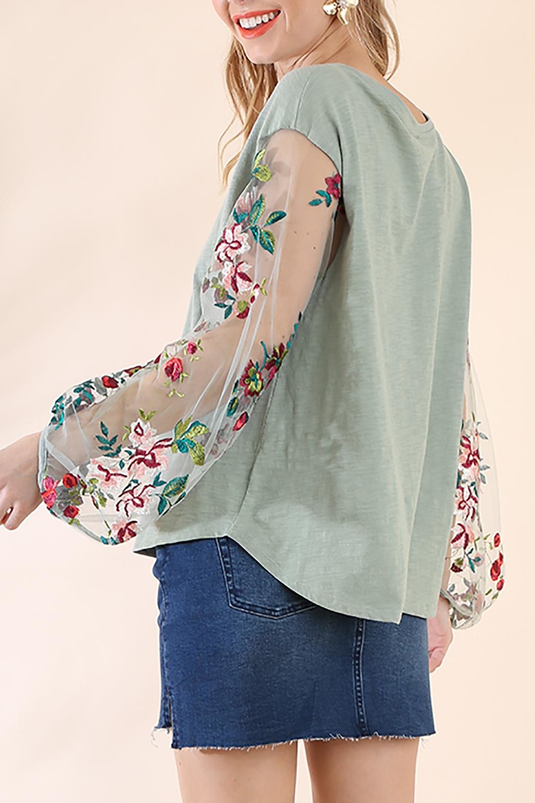 Umgee USA Floral Puff Sleeve - Front Full Image