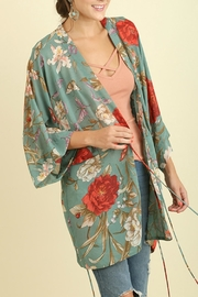Umgee USA Floral Seafoam Mix - Front full body