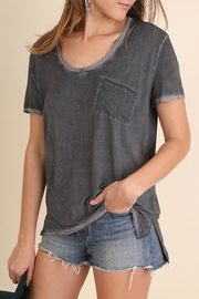 Umgee USA Hi-Lo Pocket Top - Front cropped