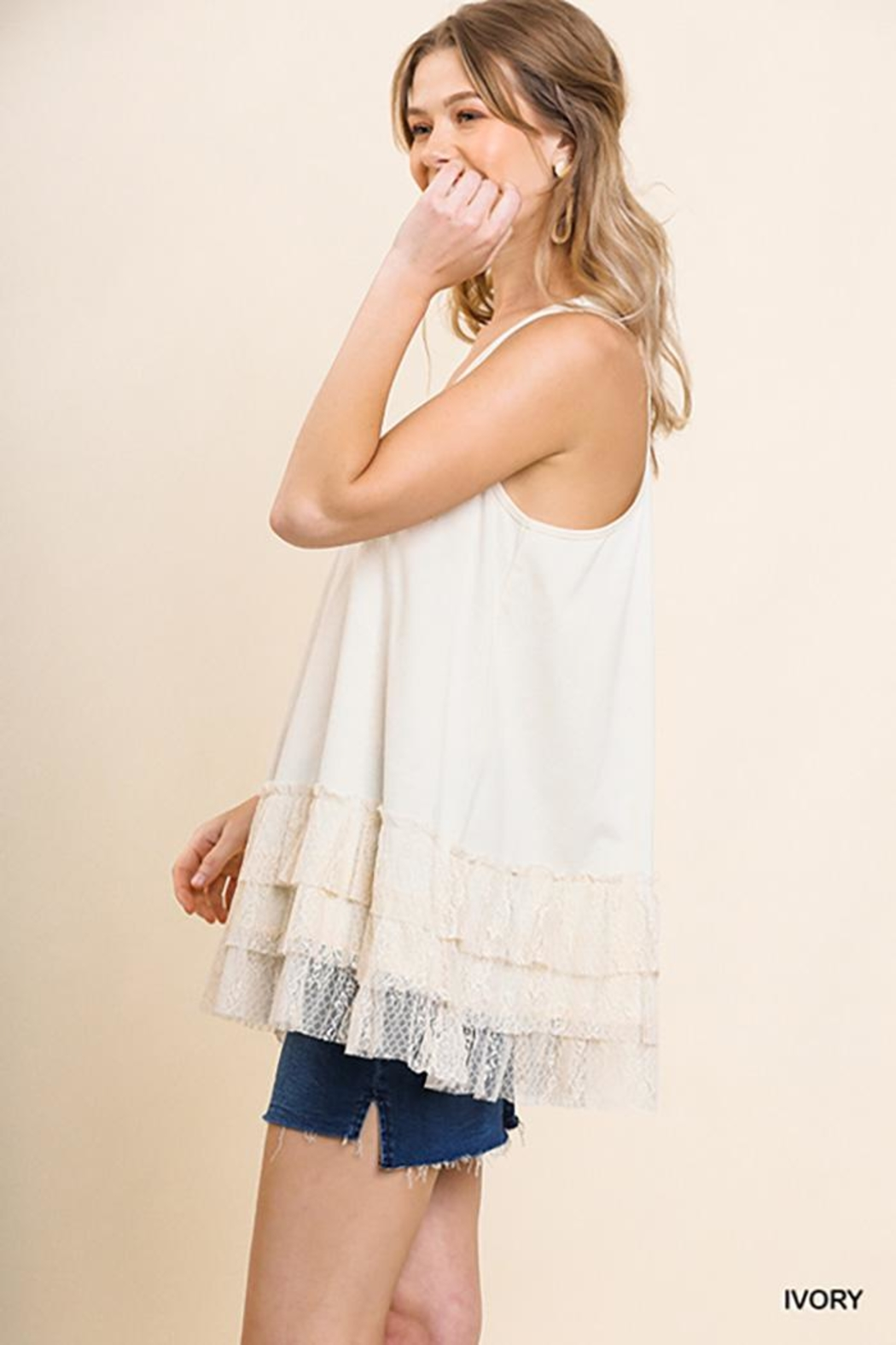 Umgee USA Lace Trim Sleeveless Top - Side Cropped Image