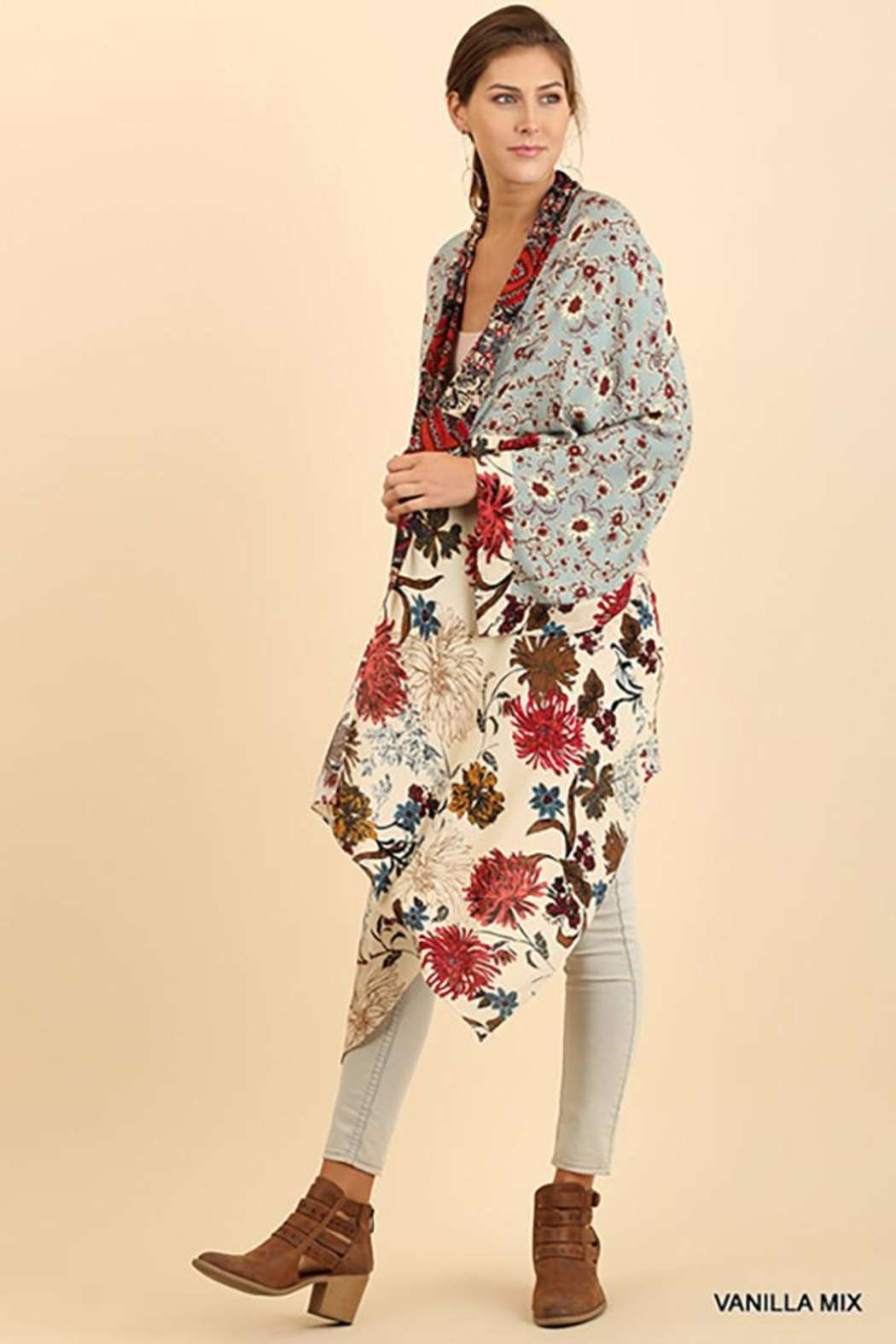 Umgee USA Long Body Kimono Floral Print Design - Back Cropped Image