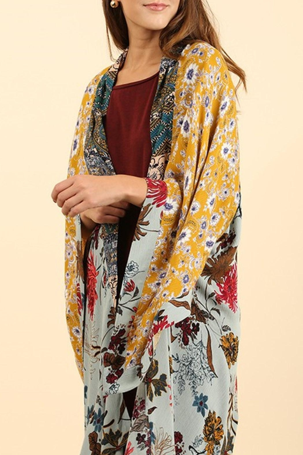 Umgee USA Long Floral Kimono - Front Cropped Image
