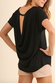 Umgee USA Open Back T-Shirt - Front cropped