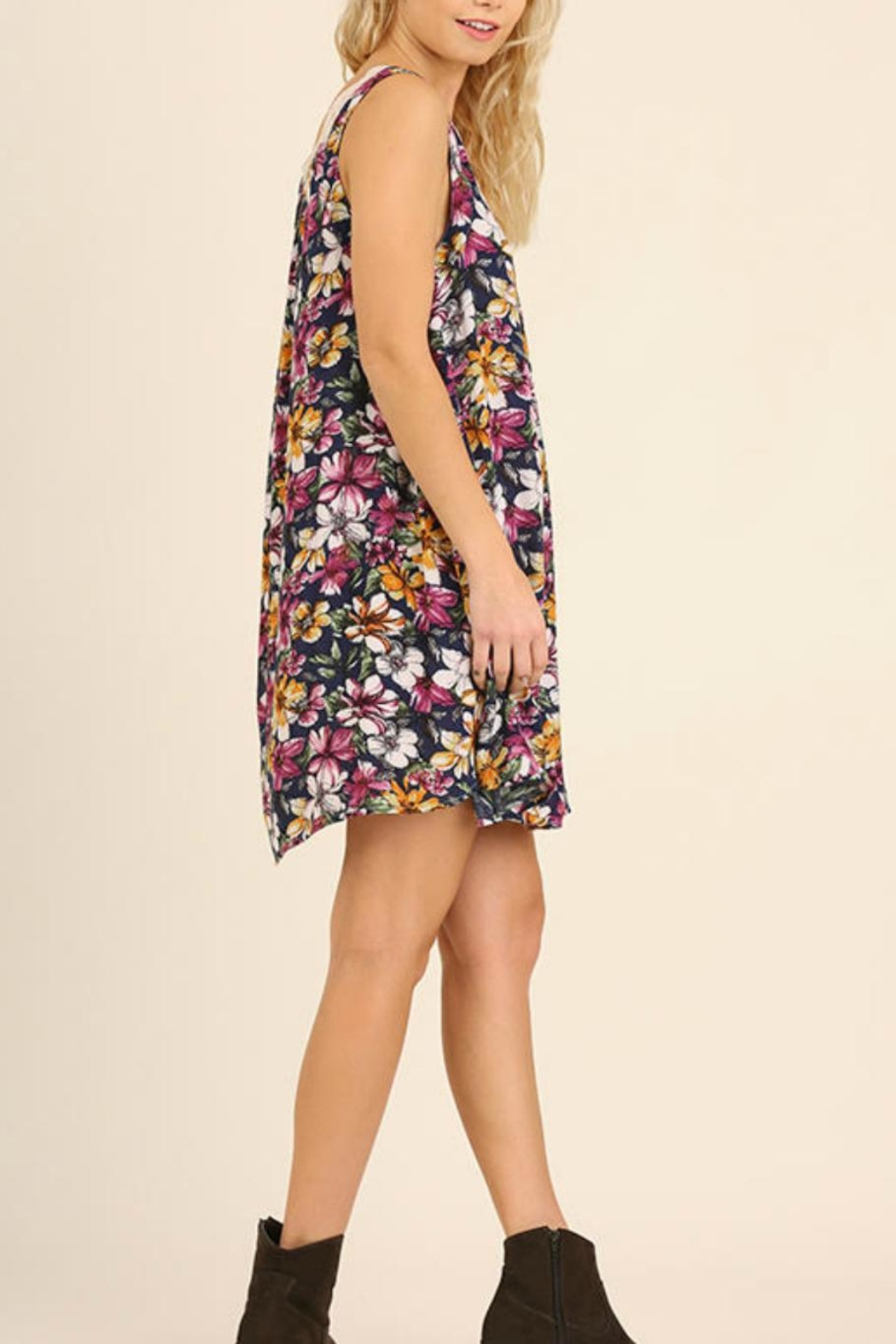 Umgee USA Sleeveless Floral Dress - Side Cropped Image