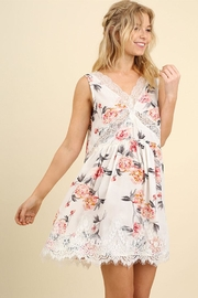 Umgee USA Sleeveless Floral Dress - Front cropped