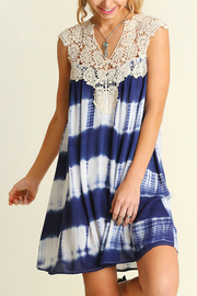 Umgee USA Sleeveless Print Dress - Front cropped