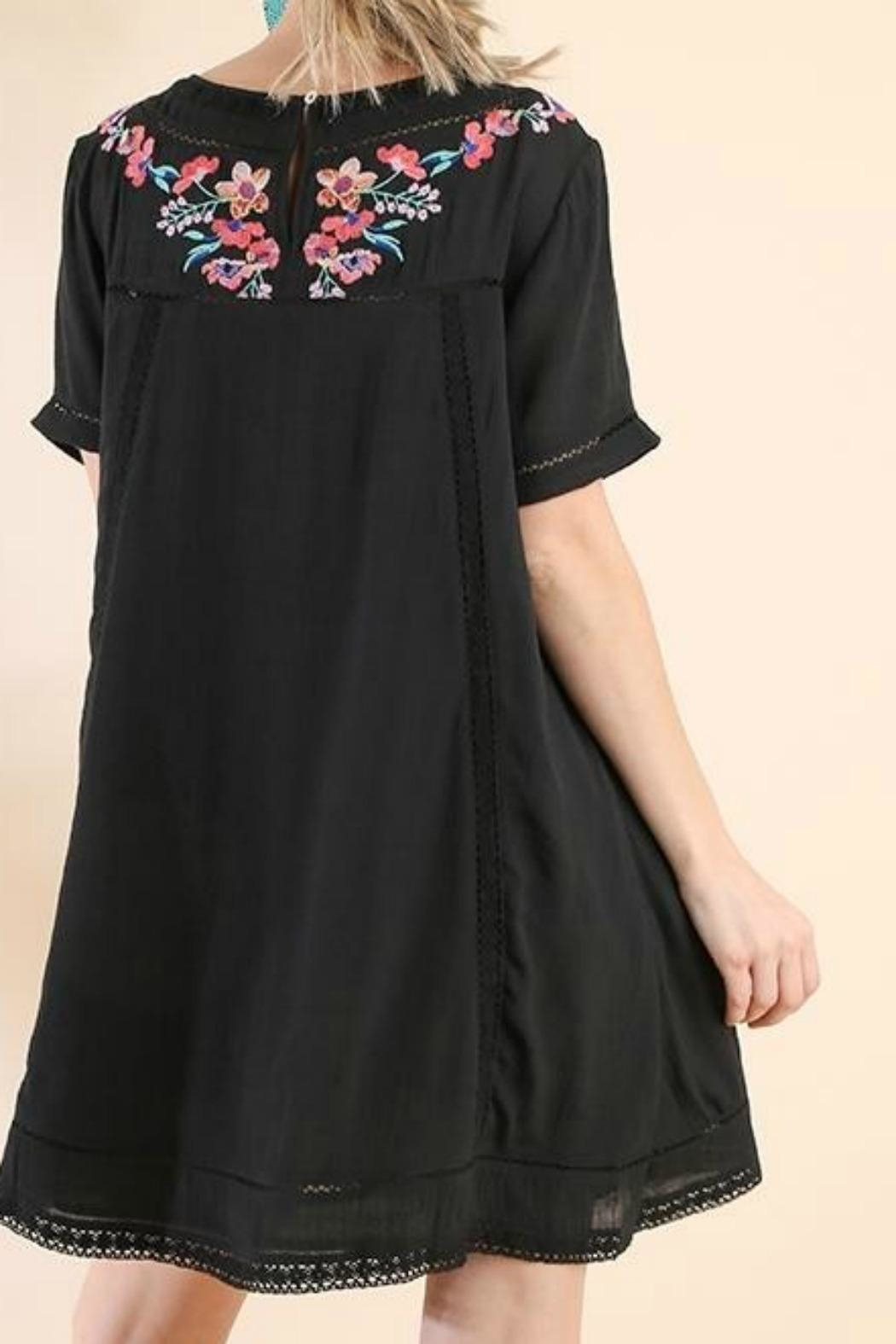 Umgee USA Embroidered Beauty - Front Full Image